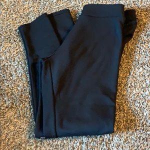 Black insulated fleece leggings.